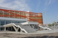 В настоящее время идет завершение реконструкции стадиона «Геолог» г. Тюмень